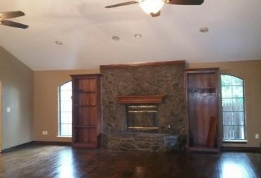 """שירותי בניה ושדרוג של דירות בארה""""ב: סלון דירה ב - Oklahoma City - פסיפיק הולדינגז"""