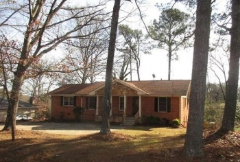 3655 Pleas Dr, Ellenwood, GA 30294